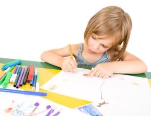 Imágenes-de-Niños-Dibujando-7
