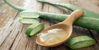 httpstved-prod.adobecqms.netcontentdameditorialTelevisamexicomuyinteresantemxsalud160928aloe-vera-gel-on-wooden-spoon-1.imgo_
